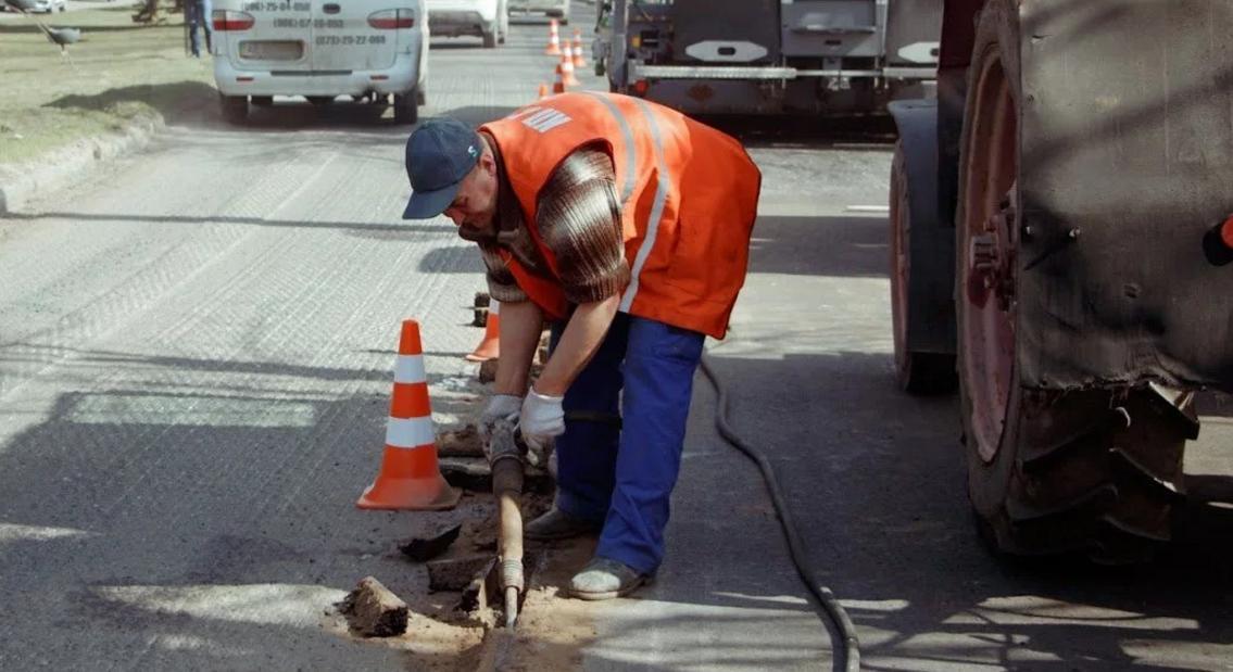 компрессор для ремонта дорог