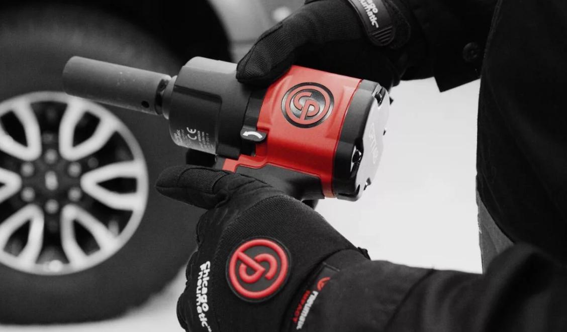 Новый пневматический гайковерт пистолетного типа Чикаго Пневматик